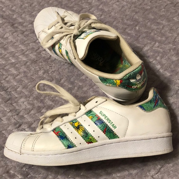 check out 94c49 6aa6a adidas tropical shell toes